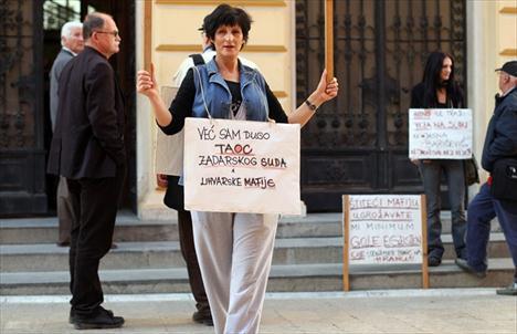 Gordana Kolega prosvjeduje