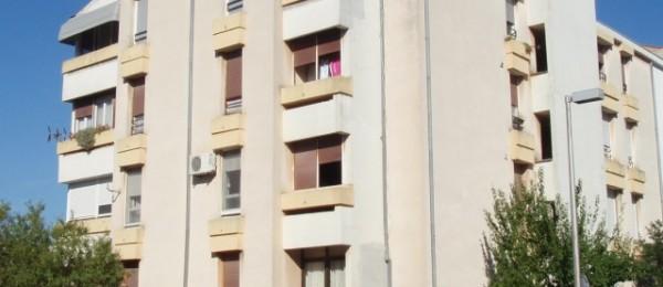VAN ŽIVOTNE OPASNOSTI Nakon pada s balkona Zadranki operirana vratna kralježnica
